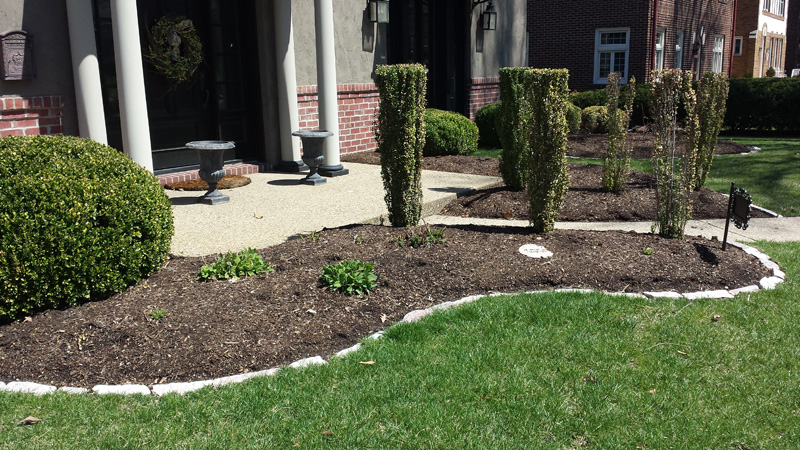 mulch-installation1